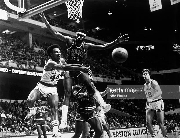 Dave Bing of the Boston Celtics passes against the Phoenix Suns circa 1978 at the Boston Garden in Boston Massachussets NOTE TO USER User expressly...
