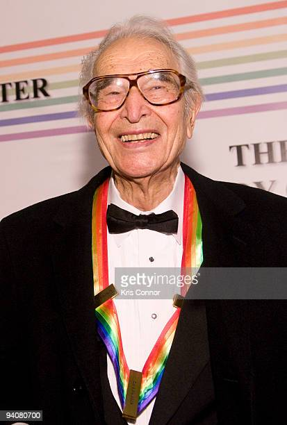 Dave Brubeck poses for photos on the red carpet before the 32nd Kennedy Center Honors at Kennedy Center Hall of States on December 6 2009 in...