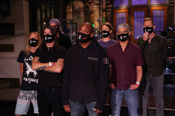 """NY: NBC'S """"Saturday Night Live"""" - Dave Chappelle, Foo Fighters"""