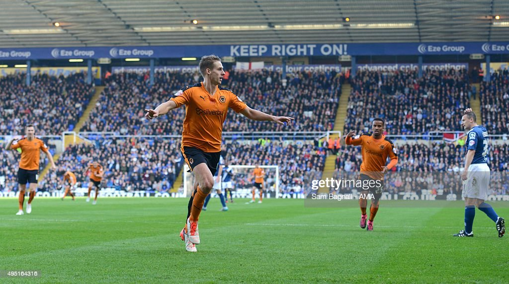 Dave Edwards of Wolverhampton Wanderers celebrates after scoring a goal to make it 0-1 during the Sky Bet Championship match between Birmingham City and Wolverhampton Wanderers at St Andrews on October 31, 2015 in Birmingham, United Kingdom.