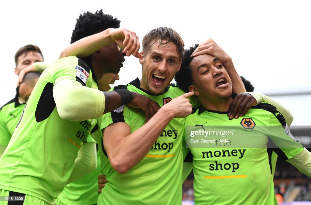 Dave Edwards of Wolverhampton Wanderers celebrates after scoring a goal to make it 1-3 with Helder Costa during the Sky Bet Championship match between Fulham and Wolverhampton Wanderers at Craven Cottage on March 18, 2017 in London, England.