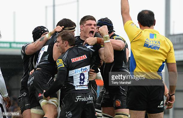 Dave Ewers of Exeter Chiefs celebrates scoring a try during the Aviva Premiership semi final match between Exeter Chiefs and Wasps at Sandy Park on...