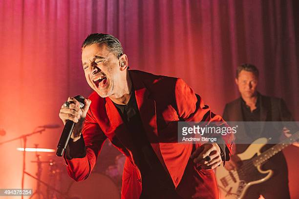 Dave Gahan performs on stage with Soulsavers at O2 Shepherd's Bush Empire on October 26, 2015 in London, England.
