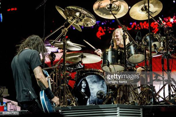Dave Grohl and Taylor Hawkins of Foo Fighters perform at Glen Helen Amphitheatre on October 7 2017 in San Bernardino California