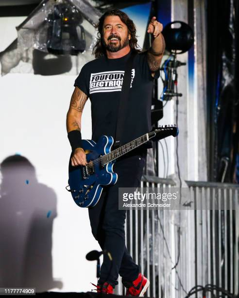 Dave Grohl of Foo Fighters performs during the Rock in Rio 2019 at Cidade do Rock on September 28, 2019 in Rio de Janeiro, Brazil.