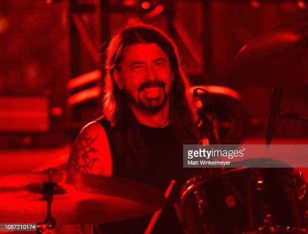 Dave Grohl performs onstage during 2018 LACMA Art Film Gala honoring Catherine Opie and Guillermo del Toro presented by Gucci at LACMA on November 3...