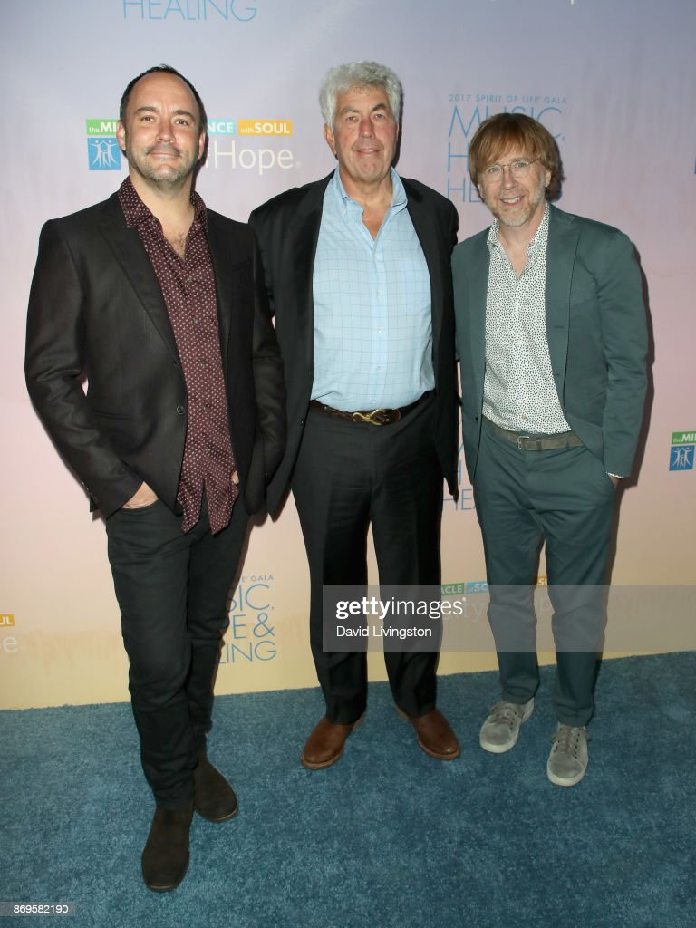Dave Matthews, Coran Capshaw and Trey Anastasio at the City of Hope's 2017 Spirit of Life Gala at Barker Hangar on November 2, 2017 in Santa Monica, California.