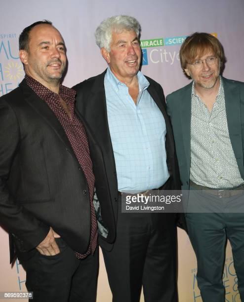 Dave Matthews Coran Capshaw and Trey Anastasio at the City of Hope's 2017 Spirit of Life Gala at Barker Hangar on November 2 2017 in Santa Monica...