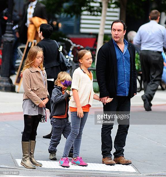 Dave Matthews Grace Anne Matthews Stella Busina Matthews and August Oliver Matthews are seen in Tribeca on October 15 2012 in New York City