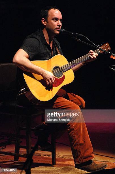 Dave Matthews performs at Teatro dal Verme on March 042007 in Milan Italy