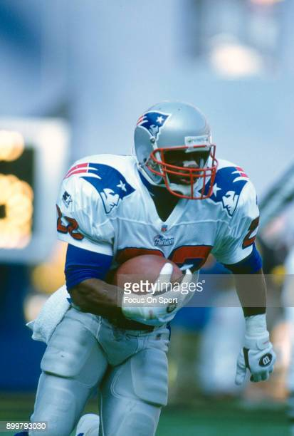 Dave Meggett of the New England Patriots returns a kickoff against the New York Giants during an NFL football game December 21 1996 at The...