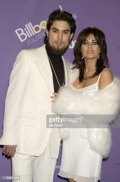 Dave Navarro and Carmen Electra during The 2003 Billboard Music Awards Press Room at MGM Grand Garden Arena in Las Vegas Nevada United States