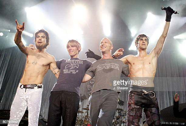Dave Navarro Chris Chaney Stephen Perkins and Perry Farrell of Jane's Addiction
