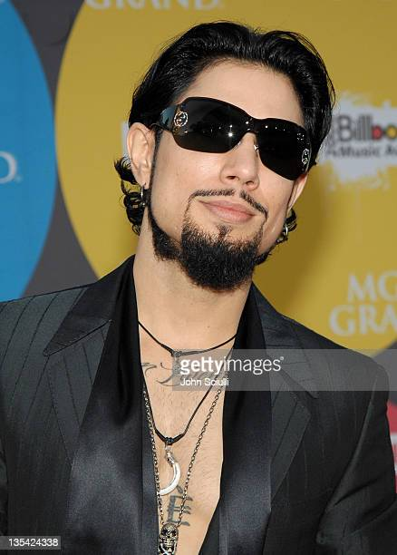 Dave Navarro during 2006 Billboard Music Awards - Arrivals at MGM Grand Hotel in Las Vegas, Nevada, United States.