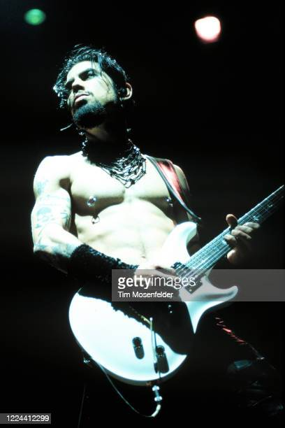 Dave Navarro of Jane's Addiction performs during Coachella 2001 at the Empire Polo Fields on April 28, 2001 in Indio, California.