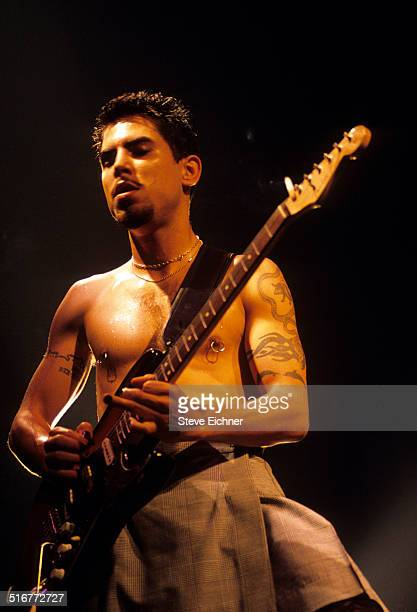 Dave Navarro of Red Hot Chili Peppers performs at Roseland Ballroom New York August 19 1994