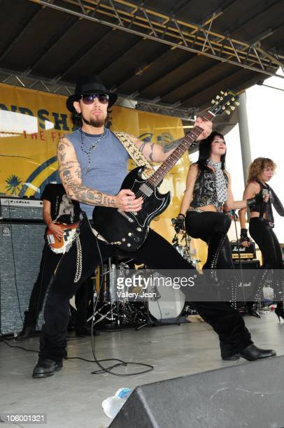 Dave Navarro performs at the Miami Dolphins v Pittsburgh Steelers game tailgate at Sun Life Stadium on October 24, 2010 in Miami, Florida.