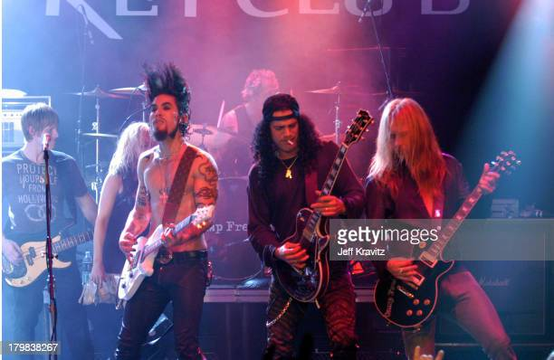 Dave Navarro Slash and Jerry Cantrell during Camp Freddy Benefit Concert for South East Asia Tsunami Relief at Key Club in Hollywood California...