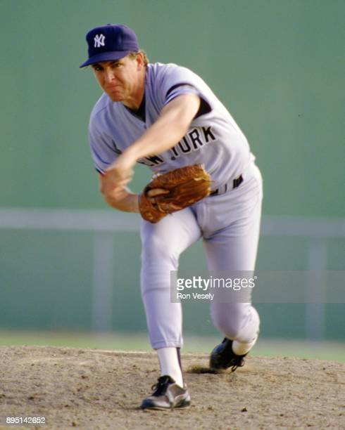 Dave Righetti of the New York Yankees pitches during a spring training game at Payne Park in Sarasota Florida during the 1986 season