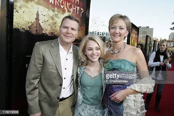 Dave Robb AnnaSophia Robb and Janet Robb during Warner Bros Pictures Presents the Los Angeles Premiere of The Reaping at Mann Village Theater in...