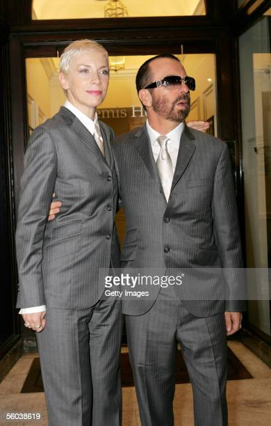 Dave Stewart and Annie Lennox attend the Private View for the Eurythmics Art & Design Exhibition at The Air Gallery on October 31, 2005 in London,...