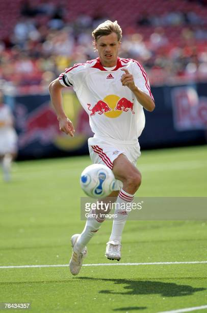 Dave van den Bergh of the New York Red Bulls plays yhe ball against the Colorado Rapids at Giants Stadium in the Meadowlands on MAY 13, 2007 in East...