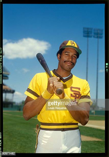 Dave Winfield of the San Diego Padres poses for a portrait circa 1975