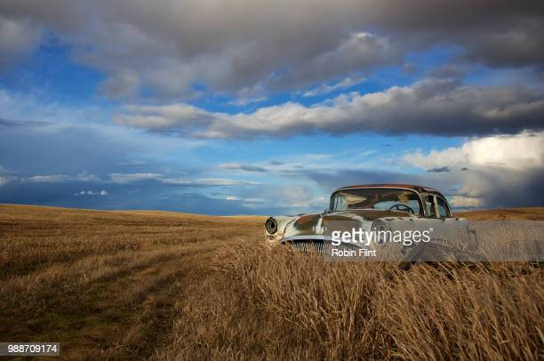 davenport to reardan - abandoned car stock photos and pictures