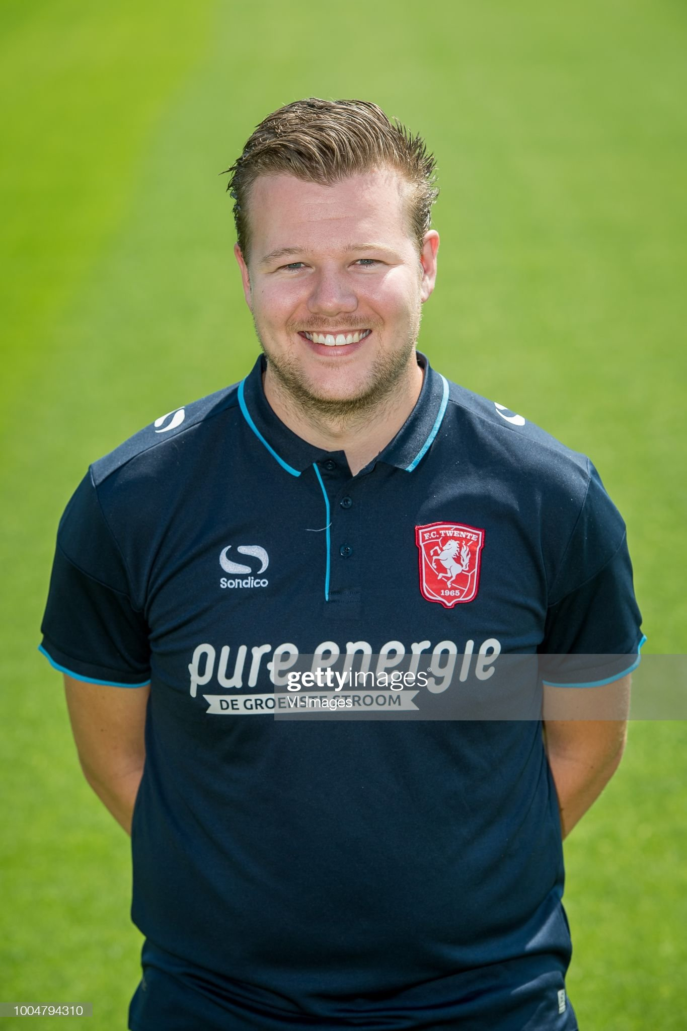 https://media.gettyimages.com/photos/davey-de-jonge-during-the-team-presentation-of-fc-twente-on-july-24-picture-id1004794310?s=2048x2048