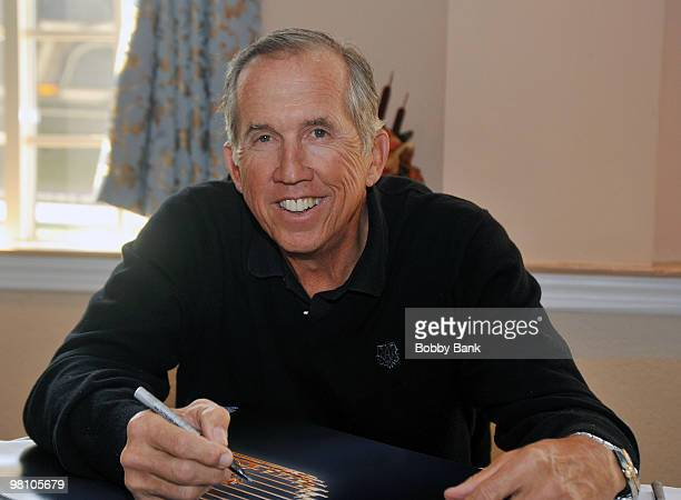 Davey Johnson attends the Solid Gold Autograph show at the Meadowlands Plaza on March 27 2010 in Secaucus New Jersey