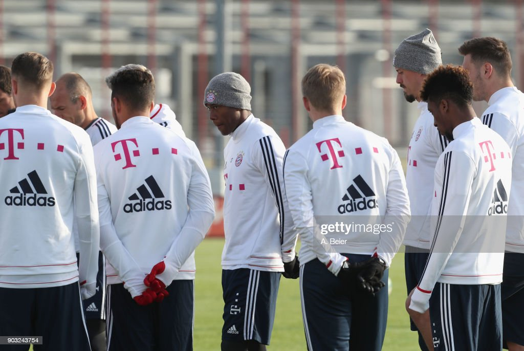 David Alaba (C) and teammates of FC Bayern Muenchen are pictured during a training session at the club's Saebener Strasse training ground on January 10, 2018 in Munich, Germany.