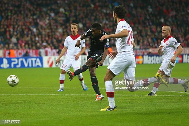 David Alaba of Muenchen battles for the ball with Marko Basa of Lille and his team mates Florent Balmont and Benoit Pedretti during the UEFA...
