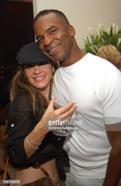 David Alan Grier and a member of the Pussycat Dolls