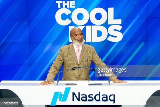 David Alan Grier of FOX's The Cool Kids Rings the Nasdaq Stock Market closing bell at NASDAQ MarketSite on September 28 2018 in New York City