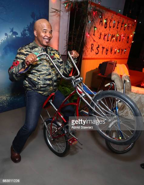 David Alan Grier of The Carmichael Show attends the Entertainment Weekly and PEOPLE Upfronts party presented by Netflix and Terra Chips at Second...