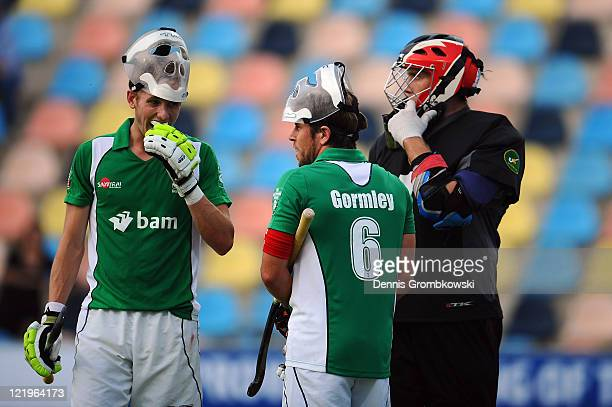 David Ames of Ireland prepares for a penalty corner with team mates Ronan Gormley and goalkeeper David Harte during the Men´s EuroHockey...