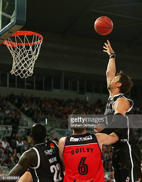 David Andersen of Melbourne United shoots during the round two NBL match between Melbourne United and the Illawarra Hawks on October 16 2016 in...