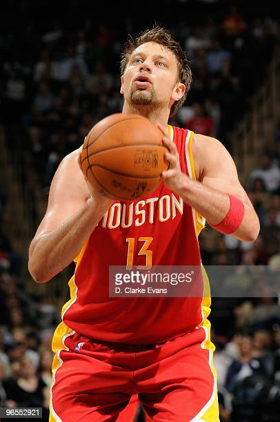 David Andersen of the Houston Rockets shoots a free throw during the game against the San Antonio Spurs on January 22 2010 at the ATT Center in San...