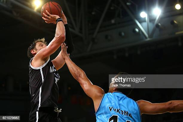 David Anderson of Melbourne United shoots the ball during the round five NBL match between Melbourne United and the New Zealand Breakers on November...