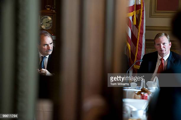 David Axelrod left senior advisor to President Obama and Jim Messina deputy chief of staff meet with Senate democrats including for lunch in the...