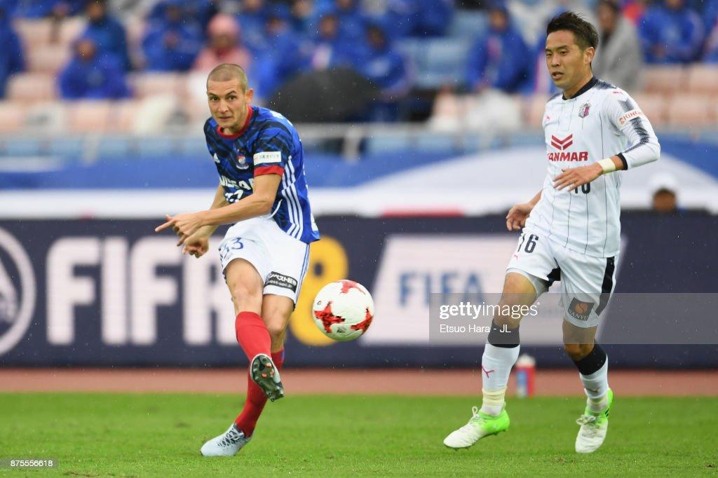 David Babunski of Yokohama F.Marinos scores the opening goal during the J.League J1 match between Yokohama F.Marinos and Cerezo Osaka at Nissan Stadium on November 18, 2017 in Yokohama, Kanagawa, Japan.