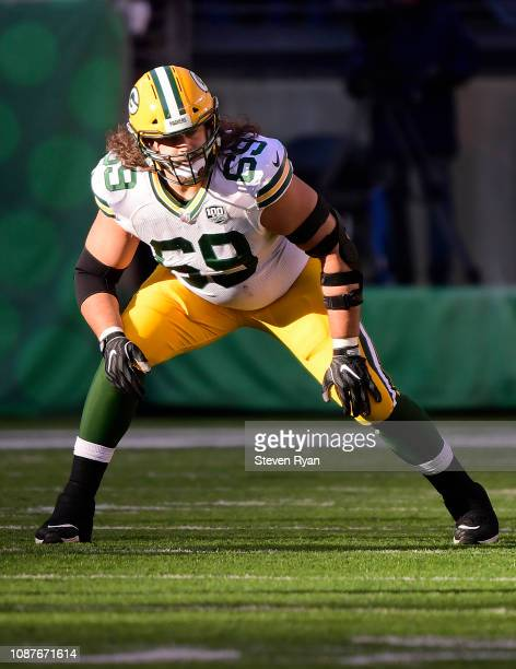 David Bakhtiari of the Green Bay Packers lines up against the New York Jets at MetLife Stadium on December 23 2018 in East Rutherford New Jersey
