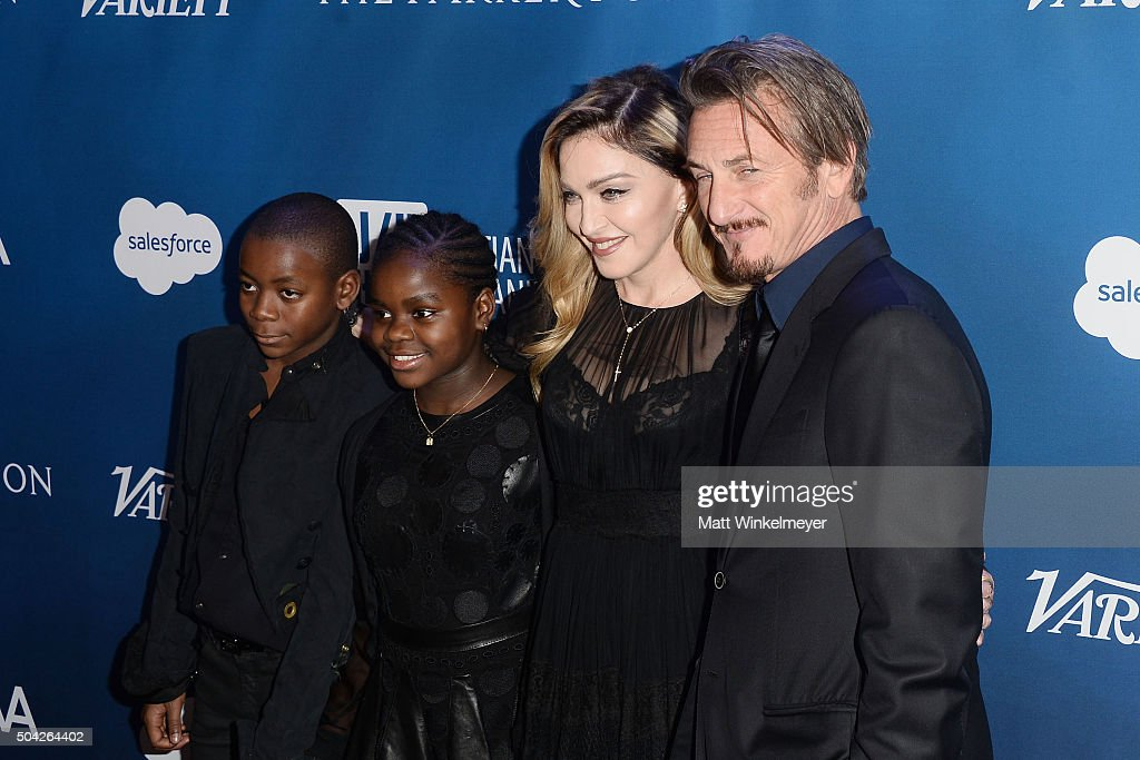 5th Annual Sean Penn & Friends HELP HAITI HOME Gala Benefiting J/P Haitian Relief Organization - Arrivals : Nieuwsfoto's