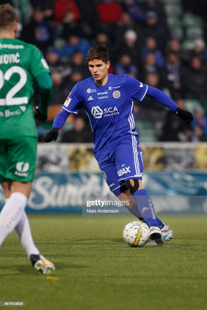 David Batanero of GIF Sundsvall during the Allsvenskan match between GIF Sundsvall and Hammarby IF at Norrporten Arena on October 29, 2017 in Sundsvall, Sweden.