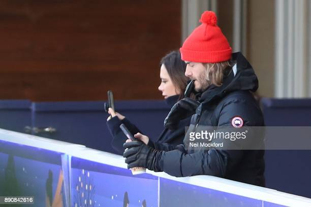 USAGES *** David Beckham and Victoria Beckham seen at the Natural History Museum Ice Rink The Beckham family had the ice to themselves for an hour...