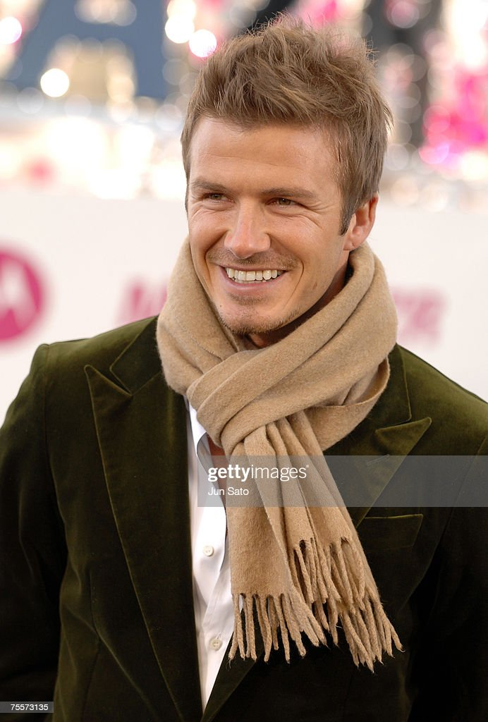 "David Beckham at a Motorola MOTORAZR launch event at ""Hot Fantasy Odaiba 2006"""