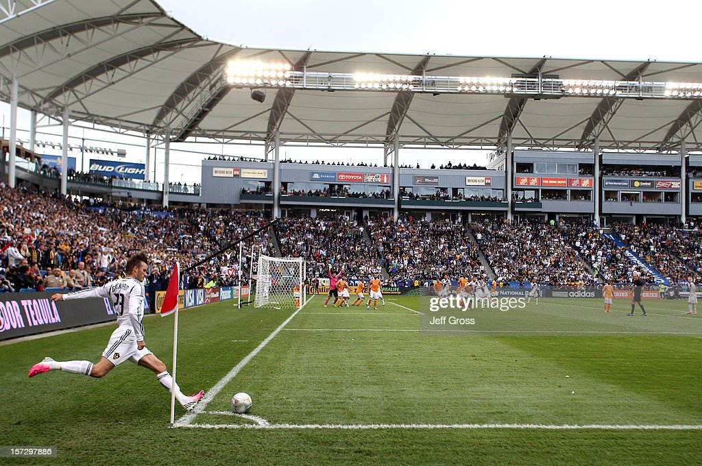 2012 MLS Cup - Houston Dynamo v Los Angeles Galaxy : News Photo