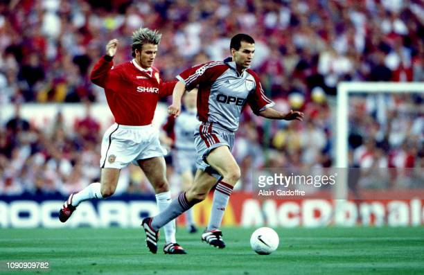 David Beckham of Manchester United and Markus Babbel of Bayern Munich during the UEFA Champions league final match between Manchester United and...