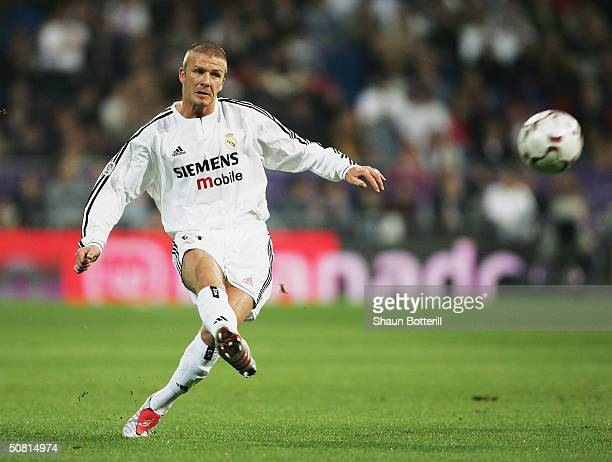 David Beckham of Real Madrid fires in a cross during the Spanish Primera Liga match between Real Madrid and Real Mallorca at The Santiago Bernabeu...