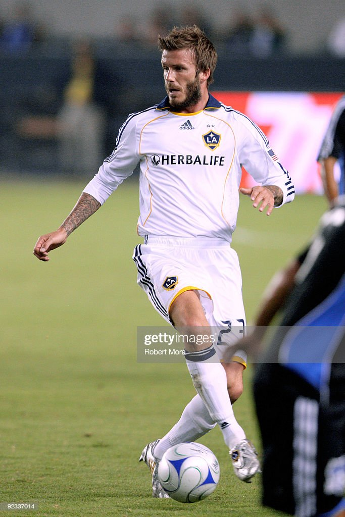 David Beckham #23 of the Los Angeles Galaxy attacks the defense of the San Jose Earthquakes during their MLS game at The Home Depot Center on October 24, 2009 in Carson, California.